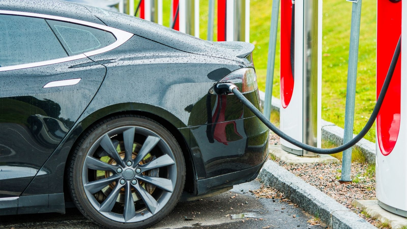 Fuel Cards UK: The Total Cost Of Ownership For EVs