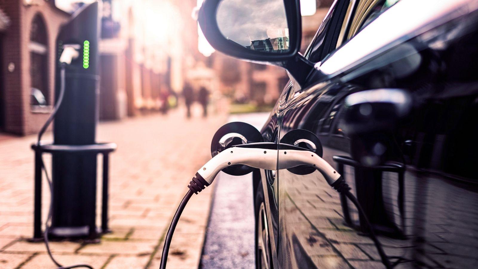 Fuel Cards UK: EV Considerations